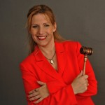 Auctioneer Jenelle Taylor on silent auctions